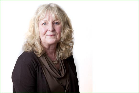 Annette Davies